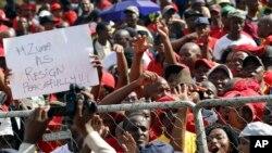 Sindicatos angolanos e o dia dos trabalhadores - 2:48