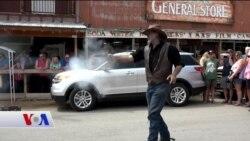 Vahşi Batı Meraklıları Oatman Kasabası'na Akın Ediyor