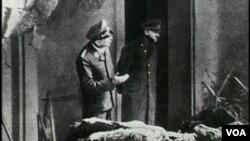 Foto terakhir Adolf Hitler, tertanggal 30 April 1945, hari ia meninggal dunia.