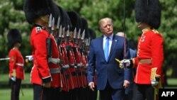 Presidente americano no Palácio de Buckingham Palace