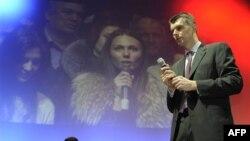 Михаил Прохоров на встрече с молодыми избирателями (архивное фото)