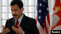 استیون مال یکی از سخنرانان در نشست مرکز بای پارتیزان در واشنگتن بود.