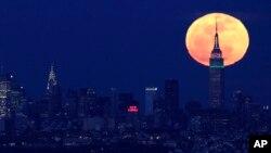 Una increíble Luna iluminará la Tierra la noche de este domingo.
