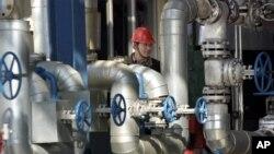 중국 길림성의 석유 정제시설. (자료사진)