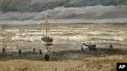 빈센트 반 고흐의 작품인 '스헤베닝언 해변'. 지난 2002년 네덜란드 암스테르담 미술관에서 도난당한 작품을 최근 이탈리아 경찰이 범죄조직 은신처를 수사하던 중 발견해 회수했다.