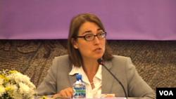 美国国务院主管公民安全、民主与人权事务的次卿莎拉·休厄尔