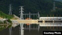 Ngày 29.10.2019 Lào bắt đầu cho vận hành đập Xayaburi 1260 MW, con đập thủy điện dòng chính đầu tiên trên sông Mekong của xứ Vạn Tượng.