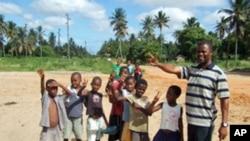 Crianças moçambicanas na provincia de Inhambane