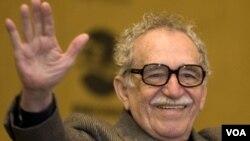 """García Márquez es defensor del reportaje, por considerarlo """"la noticia completa"""". Es además fundador de la Fundación Nuevo Periodismo Iberoamericano."""