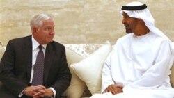 آقای گیتس اظهار داشت او همچنین در جریان مذاکرات روز پنجشنبه با ولیعهد ابوظبی درباره ادامه فشارهای دیپلماتیک بر ایران بحث کرد