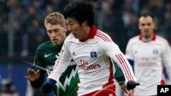 Son Heung-min, pemain tengah asal Korea Selatan menandatangani kontrak lima tahun untuk bermain bagi Bayer Leverkusen (foto: dok).