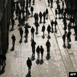 Türkiye'de Halkın Yüzde 42'si İnterneti Zararlı Buluyor