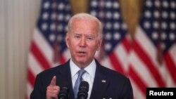 រូបឯកសារ៖ លោកប្រធានាធិបតី Joe Biden ថ្លែងសុន្ទរកថាអំពីវិបត្តិនៅអាហ្វហ្គានីស្ថាន ពីសេតវិមានកាលពីថ្ងៃទី១៦ ខែសីហា ឆ្នាំ២០២១។