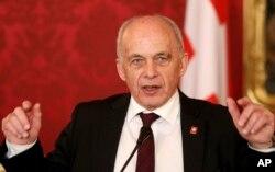 اولی ماورر، رئیس جمهور سوئیس