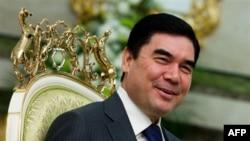Turkmaniston prezidenti Qurbonguli Berdimuhammedov