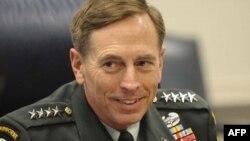 Petreas, gati për betimin si shef i CIA-s