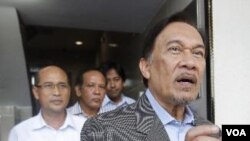 Pemimpin Oposisi Malaysia Anwar Ibrahim di kantor pusat partainya di Kuala Lumpur (3/1).