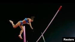 Nhà vô địch Olympic hai lần liên tiếp môn nhảy sào của Nga là Yelena Isinbayeva