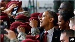 Iraque: Obama formaliza retirada com homenagem a soldados americanos