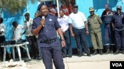 Comissário António Pedro Kandela, comandante provincial da polícia do Namibe (VOA / Armando Chicoca)