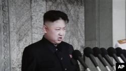 Lãnh tụ Kim Jong Un phát biểu trong lễ kỷ niệm 100 năm ngày sinh của cố lãnh tụ Kim Il Sung tại Bình Nhưỡng, ngày 15/4/2012