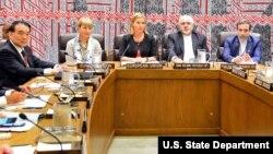 این اولین بار است که در نشست وزرای خارجه کشورهای پنج بعلاوه یک و ایران، آقای تیلرسون نیز حضور خواهد یافت.