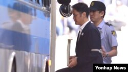 Lee Jae-yong fue condenado por ofrecer sobornos a la expresidenta Park Geun-hye y su confidente cuando Park estaba en el cargo.
