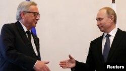 Владимир Путин и Жан-Клод Юнкер. Санкт-Петербург, Россия, 16 июня 2016.