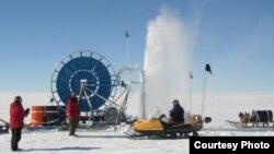برمه کاری یخچال های قطب جنوب