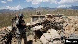 در کنار درگیریهای تازه درحصارک، در ولسوالی کوت ننگرهارنیز نیروهای امنیتی افغان با افراد وابسته به گروه داعش درگیر جنگ اند.