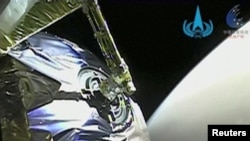 Tianwen-1 приближается к Марсу