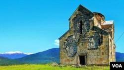 გაერთიანებული საქართველოს პირველი მეფის ბაგრატ III-ის მიერ 999 წელს აშენებული ბედიის მონასტერი დღეს, ოკუპირებული აფხაზეთი