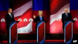 星期日晚上,美国民主党总统参选人在南卡罗莱纳州举行第4场辩论会。