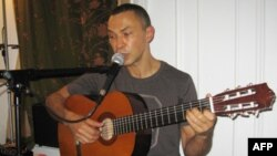 Выступает Вадим Певзнер