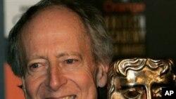 得奖电影作曲家约翰.巴里在2005年