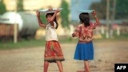 """Nhiều phụ nữ Kampuchea bị gửi đi làm gái mãi dâm hoặc """"sử dụng như nô lệ"""" tại xứ sở của người chồng"""
