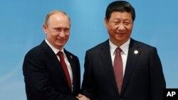 Владимир Путин и Си Цзиньпин. Шанхай, Китай, 21 мая 2014