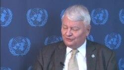 Le secrétaire général adjoint aux opérations de maintien de la paix Hervé Ladsous defend les opérations de maintien de la paix