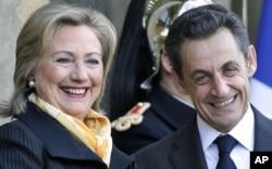 لیبیا هێرشه ئاسـمانیـیهکانی زیاتر دهکات هاوکاتی ئهوهی G8 تاووتوێی ڕهوشهکه دهکات