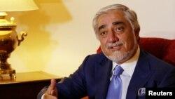 افغانستان کی قومی مفاہمت کی اعلیٰ کونسل کے سربراہ عبداللہ عبداللہ (فائل فوٹو)