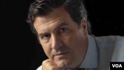 """Pedro Bordaberry, candidato a la presidencia por el Partido Colorado, dijo que la candidatura de Hugo de León fue """"consensuada"""" por los líderes de su partido."""