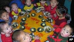 WFP의 식량 지원을 받는 북한 평안북도 염주의 한 보육원. (자료사진)