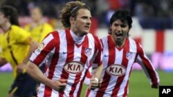 The soccer player Diego Forlan for the Spanish team Atlético de Madrid