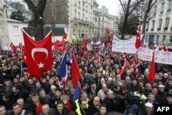 Turkiya Fransiyaga sanksiya qo'yadi
