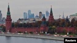 Suasana Kremlin, Kementrian Luar Negeri dan kota Moskow, Rusia (Foto: dok). Moskow memperingatkan Washington untuk tidak mempublikasikan daftar para pejabat Rusia diduga melakukan pelanggaran HAM.