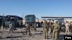 عراق میں بم دھماکے کے بعد سیکیورٹی حکام شواہد اکھٹے کر رہے ہیں۔ فائل فوٹو