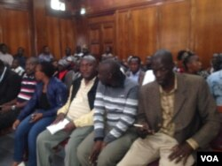 Supporters of Chief Nhlanhlayemangwe Ndiweni.