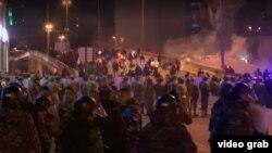 Aksi protes massal di Lebanon. (Foto: dok).
