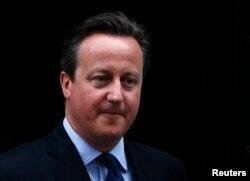 ນາຍົກຂອງອັງກິດ ທ່ານ David Cameron ເດີນທາງອອກຈາກ ບ້ານເລກທີ 10 ຖະໜົນ Downing ນະຄອນ ລອນດອນ, ປະເທດອັງກິດ, ວັນທີ 11 ເມສາ 2016.