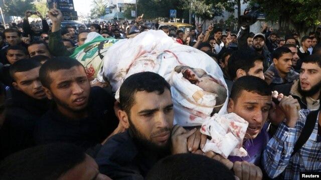Jana'izar wani kwamandan Hamas da Isra'ila ta kashe.